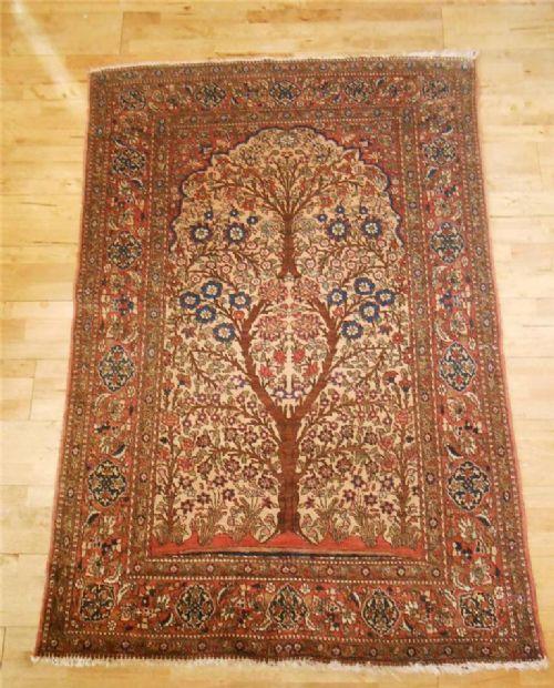 Prayer Rug User Say: The Carpet Weaver